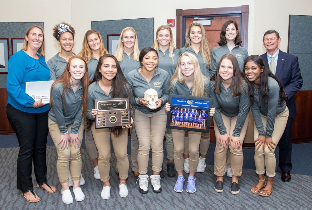 The IRSC Women's Volleyball team receives the annual Skull Award as the 2018 Academic All-Stars. Team members earned an average 3.60 GPA.